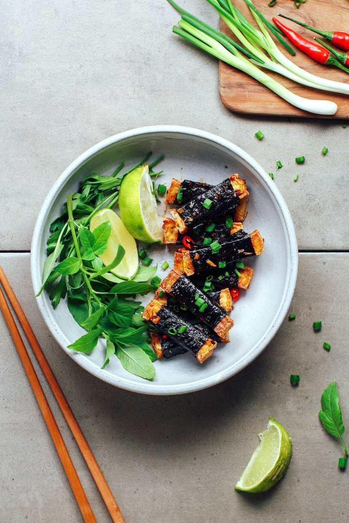 Spicy Seaweed Tofu Rolls
