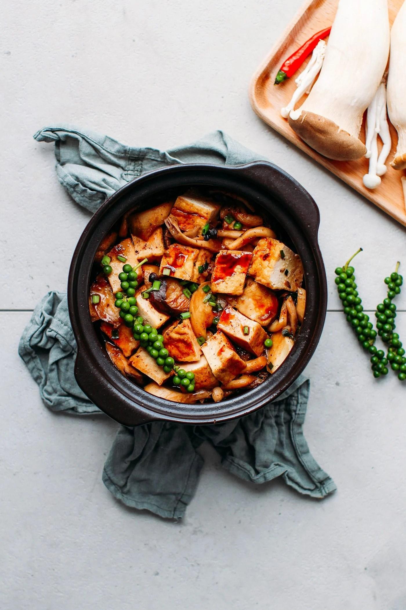 Braised Tofu & Mushrooms in Clay Pot