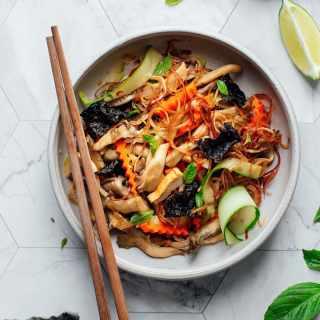 Seaweed, Mushroom & Tofu Salad