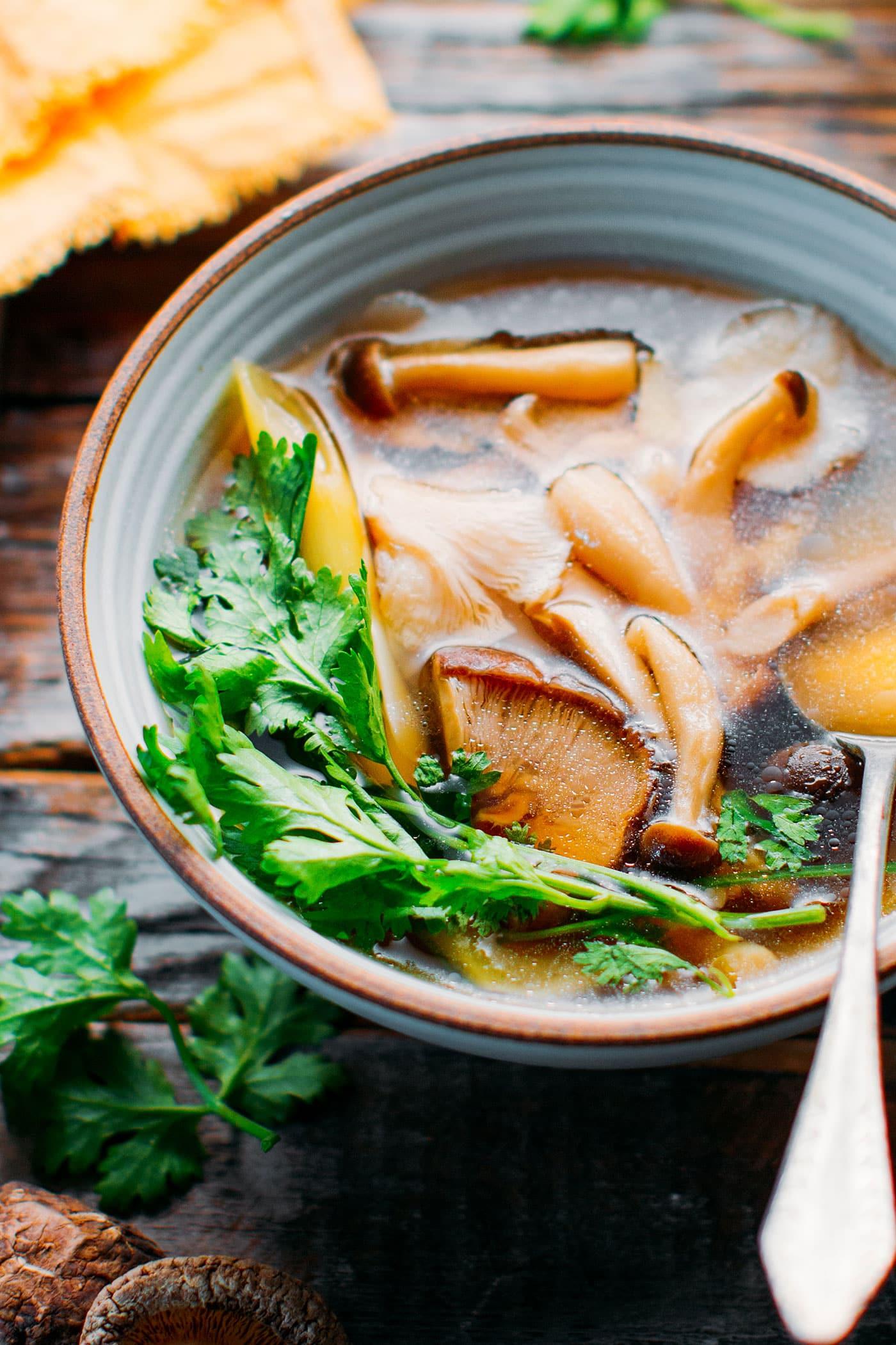 Healing Lemongrass & Mushroom Broth