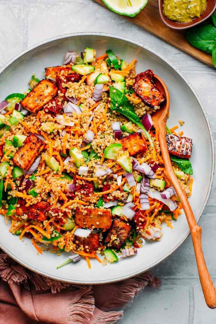 Close up of a Black Pepper Tofu Quinoa Salad in a plate.