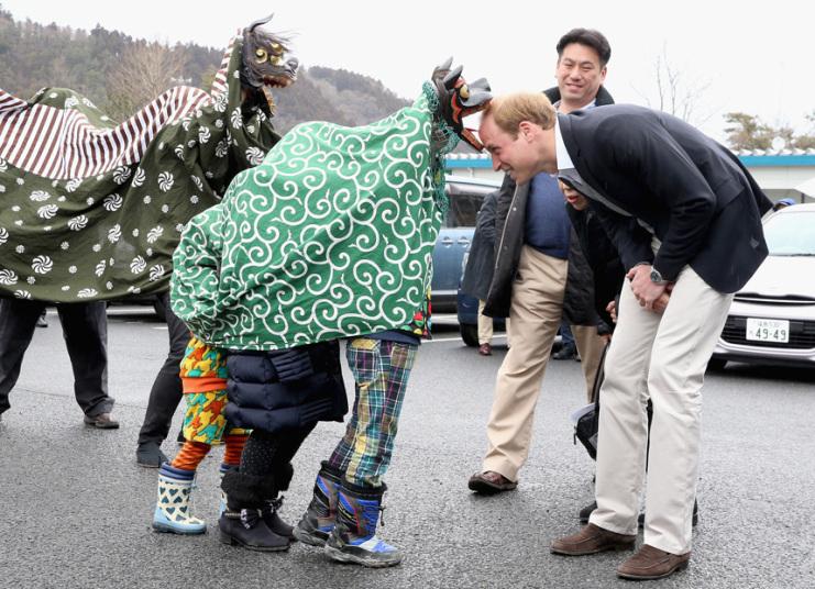 17. Принц Уильям на церемонии SHISHIMAI, в Исиномаки, Япония. Фото: Крис Джексон / PA.