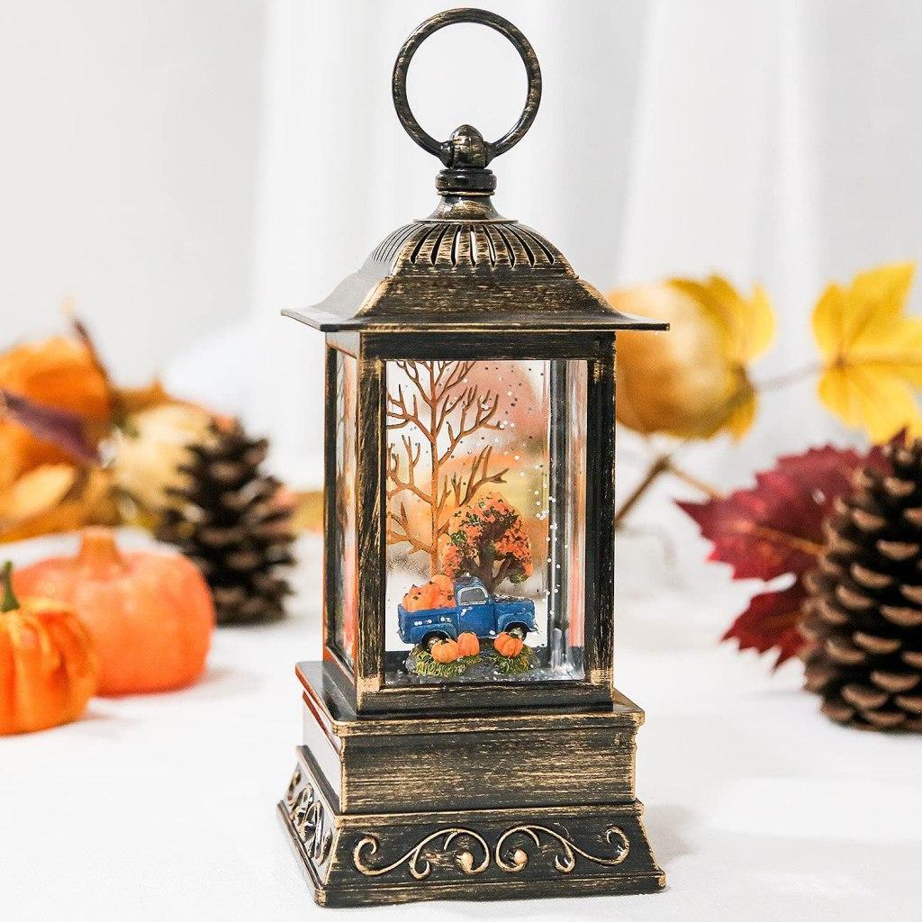 Review: Melunar Fall Snow Globe Lantern