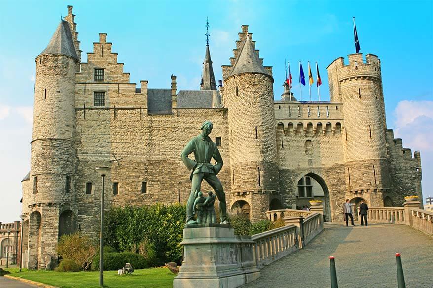 Het Steen castle - Antwerp's oldest building