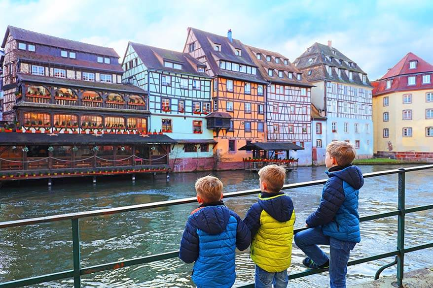 One day in Strasbourg with kids. All you need to know for a short visit to Strasbourg: must-see highlights, travel tips, local food, a great park for the families, and even a city walk map. Check it out!
