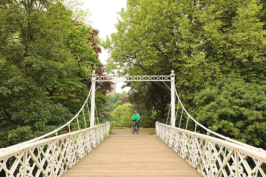 Explore Antwerp City Park by bike
