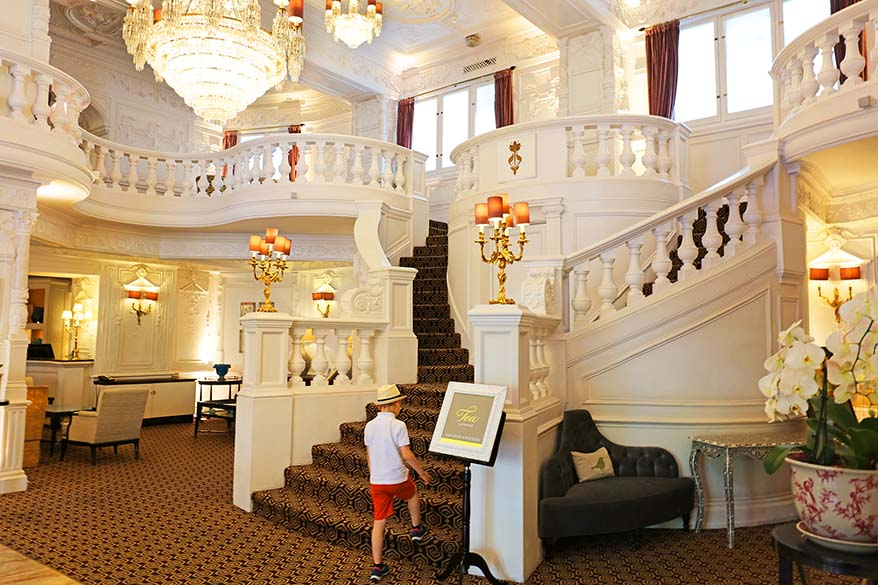 Family-friendly London Afternoon Tea with Kids at St Ermin's Hotel