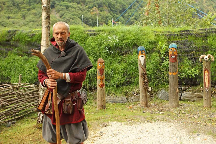 Viking Experience - our guide at the Viking Valley in Gudvangen