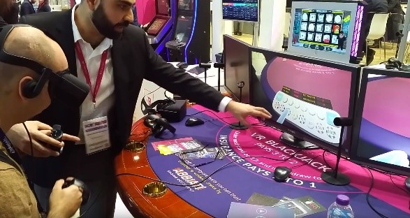A guy playing Blackjack in Virtual Reality
