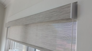 designer-screen-shade-with-square-cassette