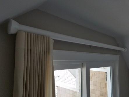 reverse-pleat-drape-stacked-back