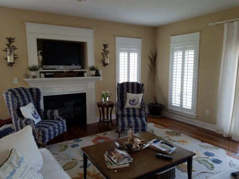 shutters-in-traditional-setting