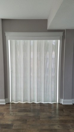 Wovenwood Averte Folding Door