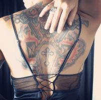 fulltime-lingerie-la-perla-laced-silk-slip-back-tattoo-sugar-skull