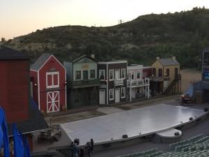 The western set.