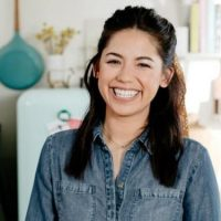 Molly Yeh Net Worth: How Rich is the American Chef Actually?
