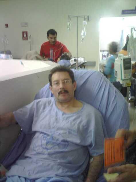 Mi papá hoy, domingo 8 de noviembre de 2009, en mejor estado de salud.