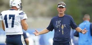 San Diego Chargers demite Mike McCoy