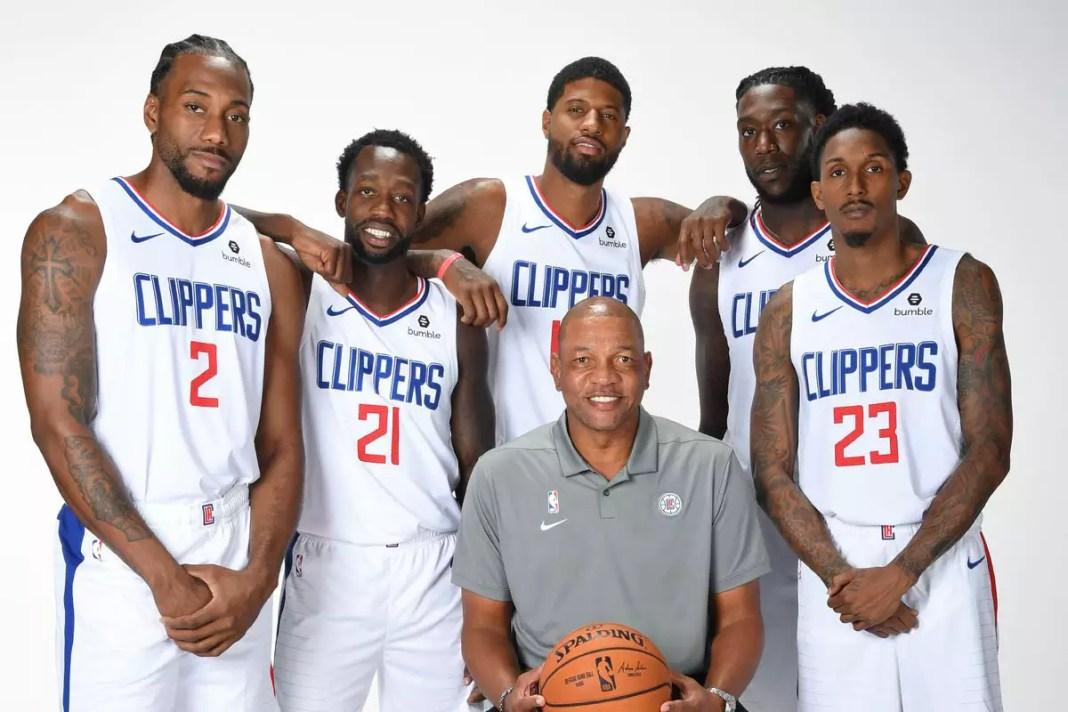 Faltando pouco menos de um mês para o retorno da NBA, e para lembrar um pouco como estavam as coisas nas quadras, irei falar do melhor time que eu já vi.