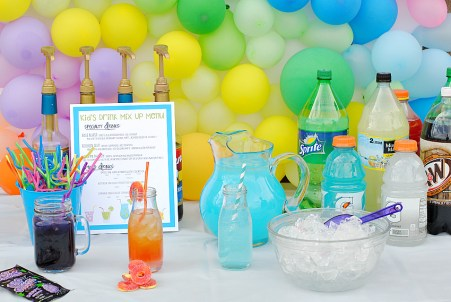 Kids' Drink Party Station