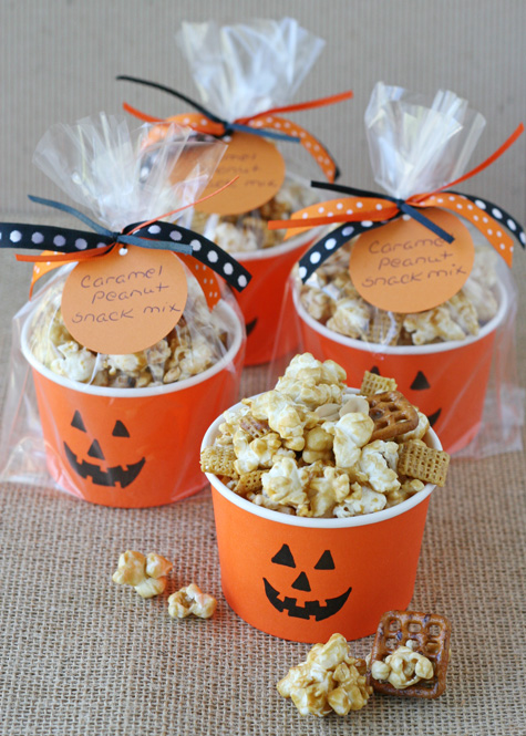 Caramel-Corn-Snack-Mix