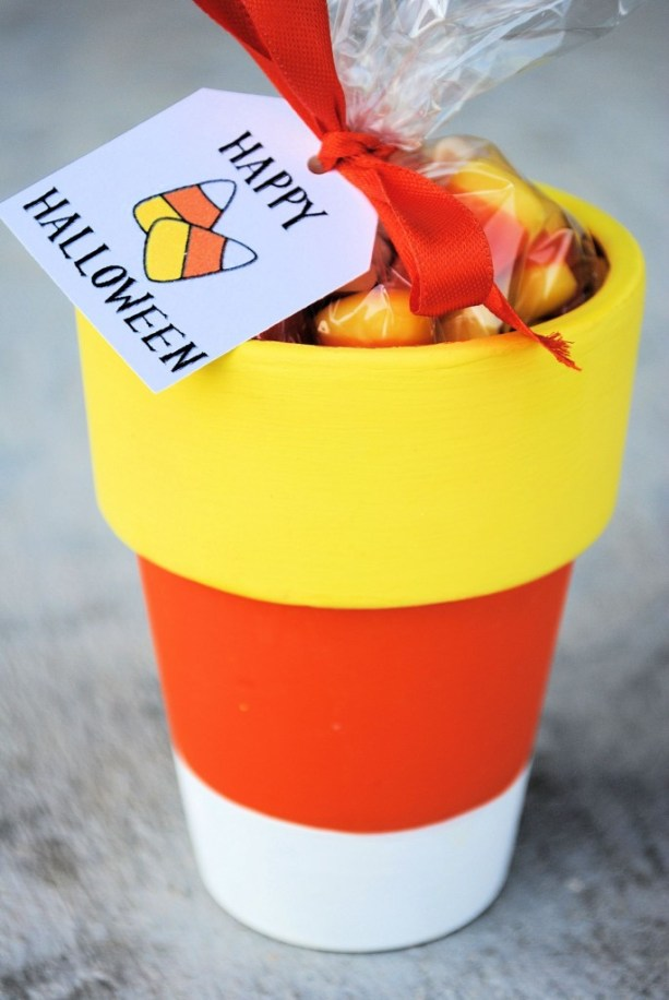 candycornfavors-685x1024