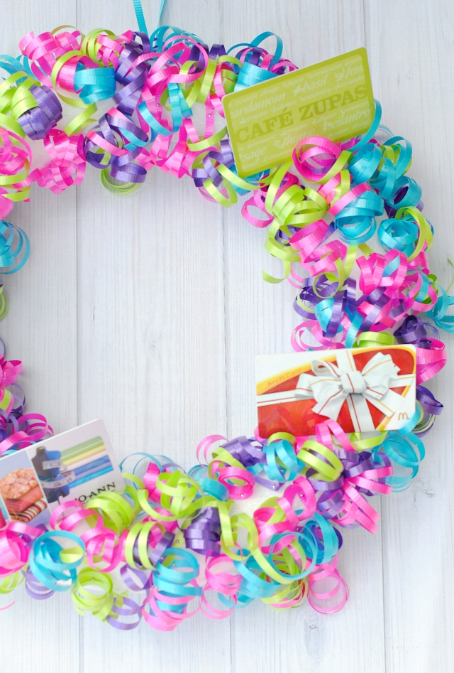 Creative Gift Card Ideas-Gift Card Wreath