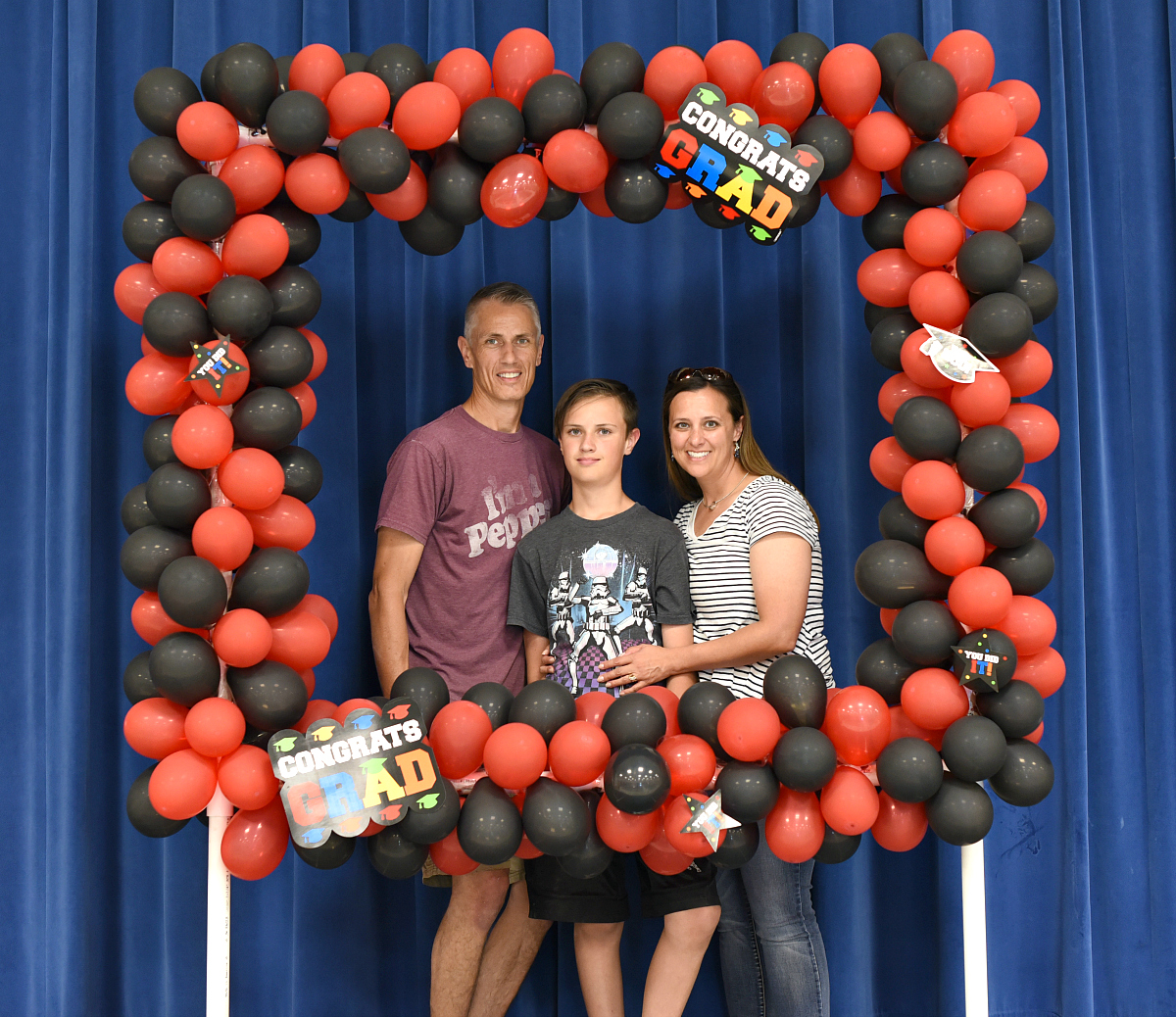 DIY Party Photo Booth made with Balloons