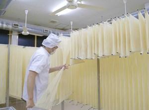 親子で楽しむ秋田の工場見学