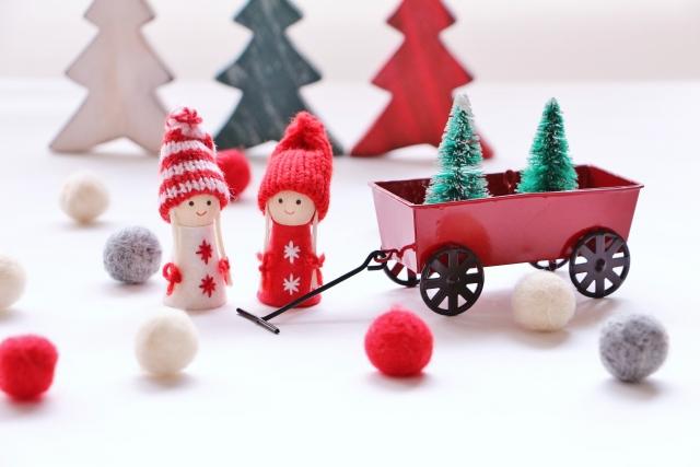 親子で作ろう!クリスマスの無料ペーパークラフトサイト!