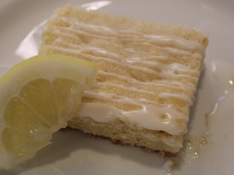 Lemon Sugar Cookie Bar