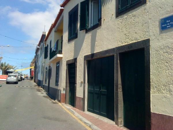 Rua da Praia, no Ilhéu.