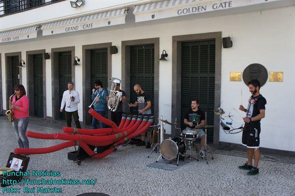 GOLDEN GATE PALCO DE MUSICA