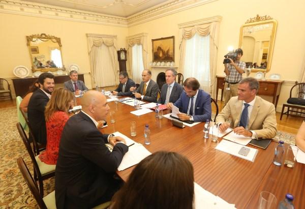 wpid-reunião-governo-regional-cmf3.jpg.jpeg