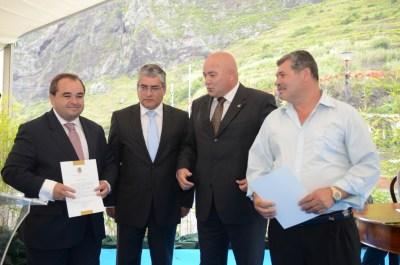 Foram entregues louvores a empresas do concelho e à Associação Cultural e Desportiva de São Vicente.