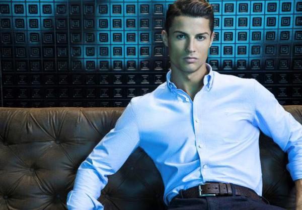 Imagem da campanha das camisas CR7 Foto: Facebook de Cristiano Ronaldo