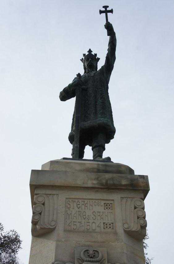 Stefan Cel, um dos fundadores da Moldávia, que combateu os turcos. Era supostamente primo de Vlad Tepes, o 'Drácuia' da Roménia