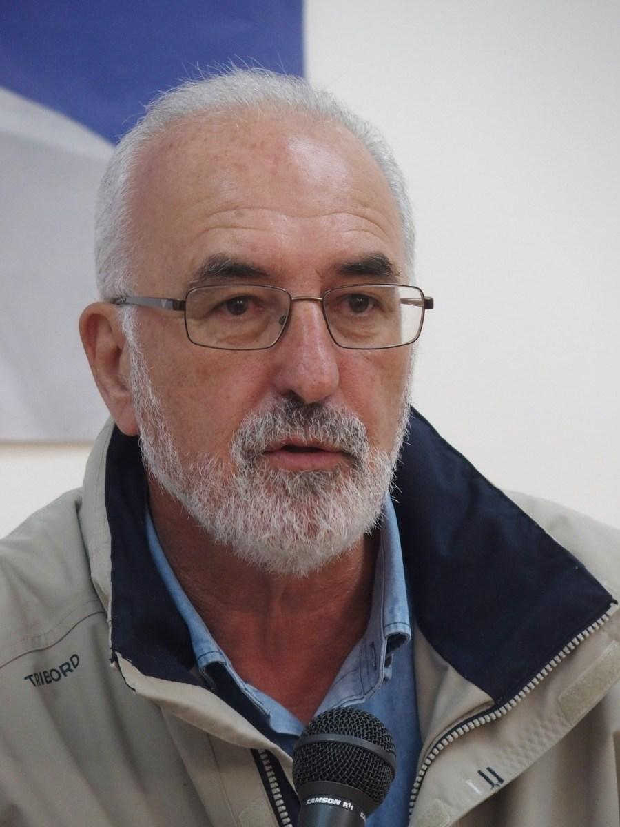 Tenham juízo e não gastem dinheiro na marginal de São Vicente, aprendam com o que aconteceu na Calheta, desafio de Raimundo Quintal ao Governo
