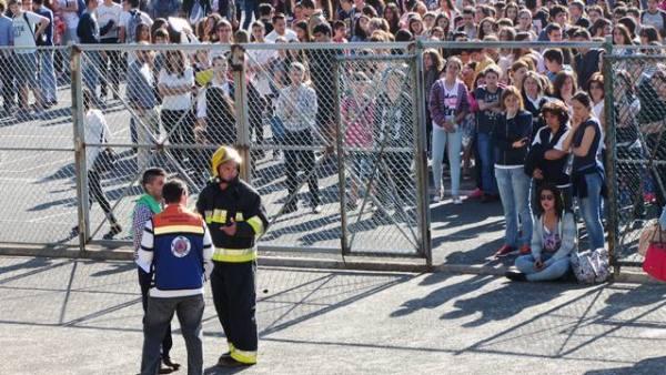 escola gonçalves zarco simulacro bombeiro
