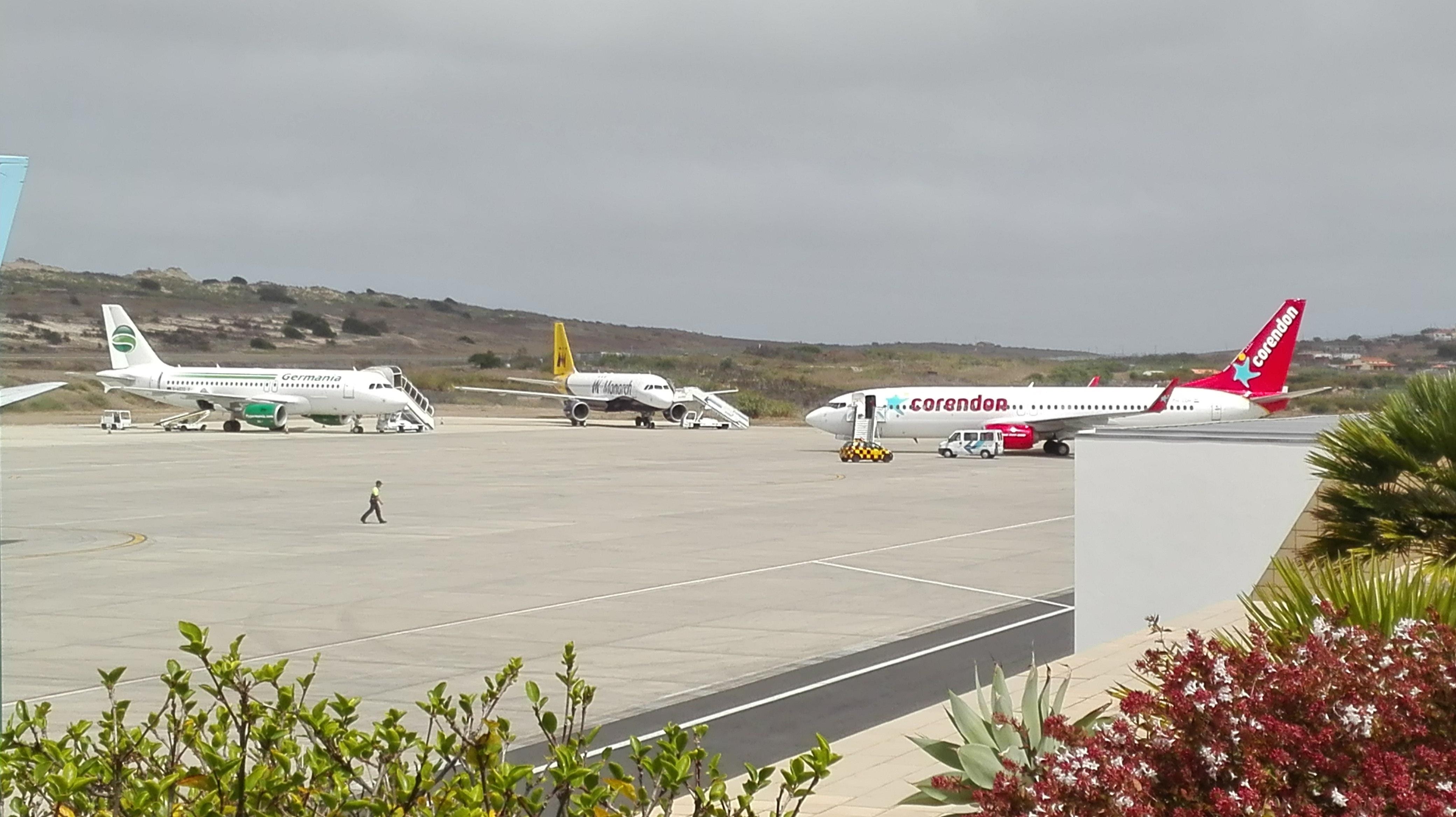 Aeroporto Do : Aeroporto de montevidéu o mais moderno da américa latina meus