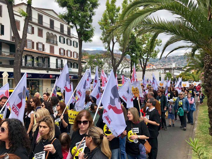 Professores da Madeira manifestação B 19 de maio