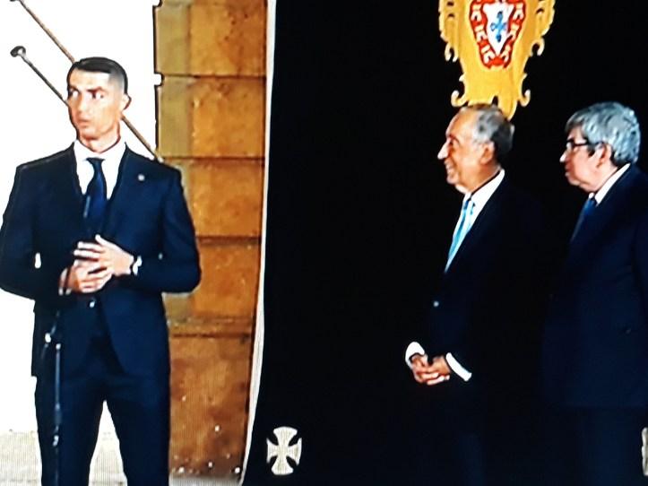 Resultado de imagem para Marcelo mantém condecorações a Cristiano Ronaldo