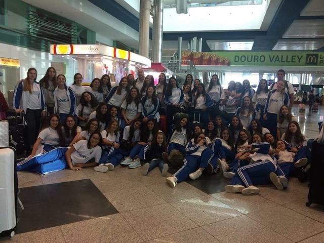 Torneio de voleibol em Espinho com 5 equipas/49 atletas da Madeira