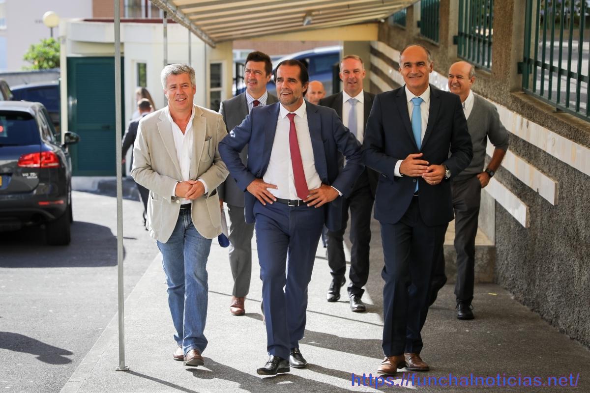 Governo Regional abre concurso para contratar 130 assistentes operacionais para as escolas da Madeira