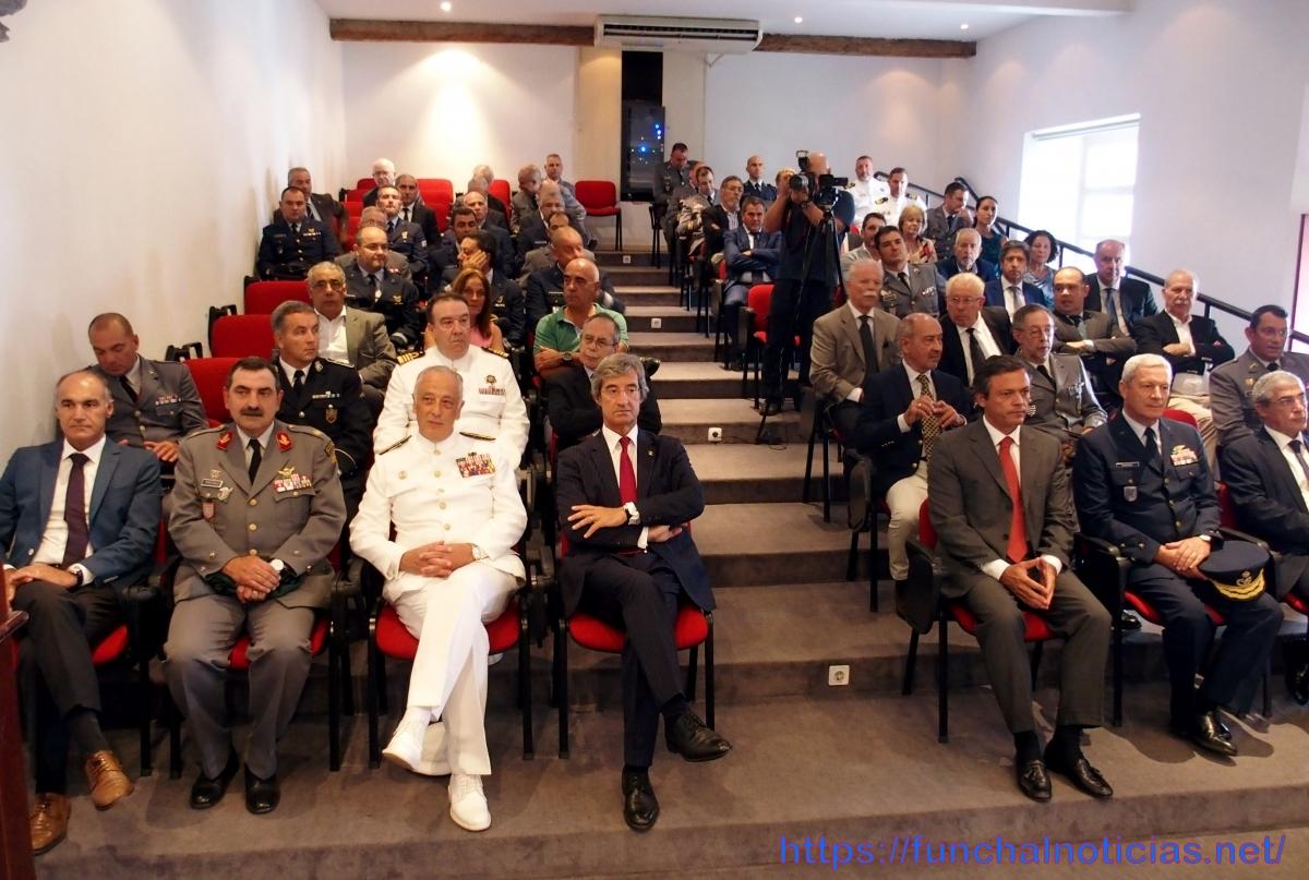 Madeirenses na Força Aérea deixaram testemunho da sua experiência em conferência na UMa