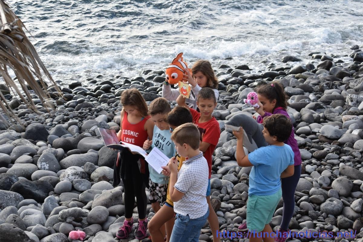 Escola do Caniço promoveu aulas ao ar livre na Praia dos Reis Magos
