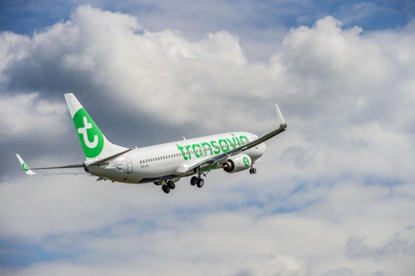 Avião da Transavia declara emergência após descolagem do Funchal e é escoltado por caças F-16