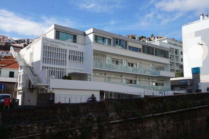 fachada_Hospital da Luz Funchal