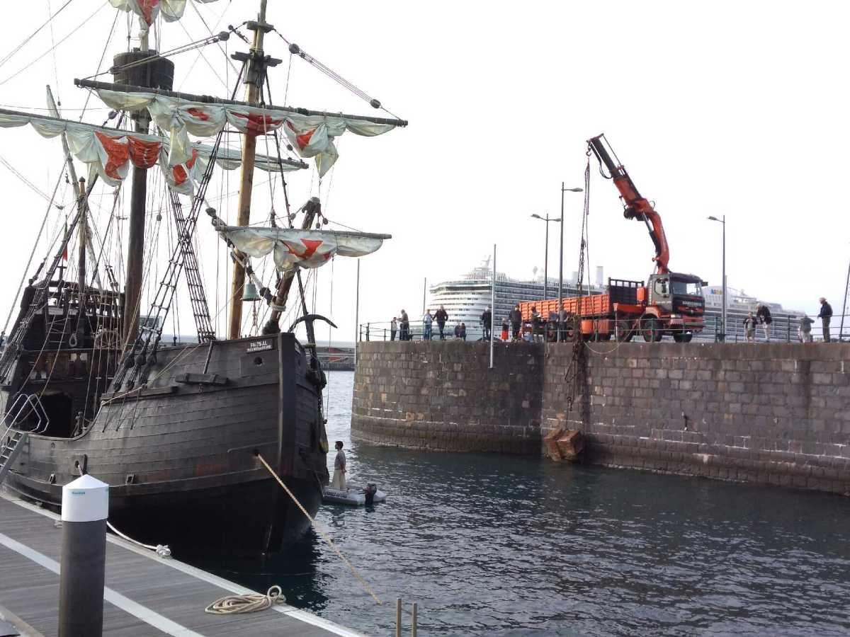 Corrente arrasta poita de duas toneladas que segura a Nau Santa Maria