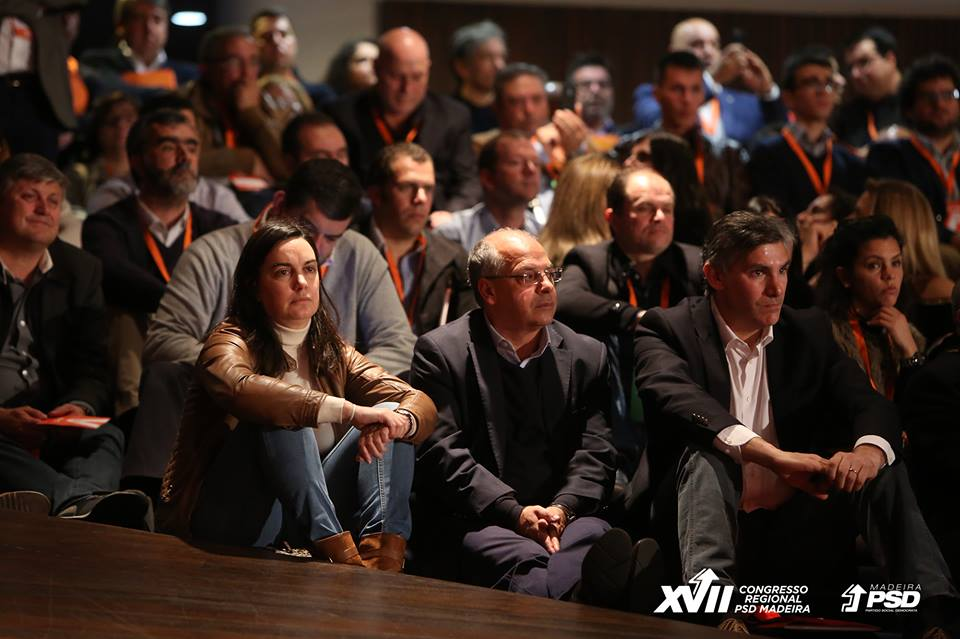 Siga aqui as intervenções desta noite no congresso do PSD-M